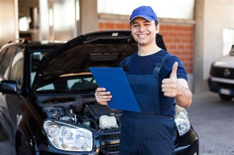 What Types Of Issues Can A Professional Car Mechanic Aid