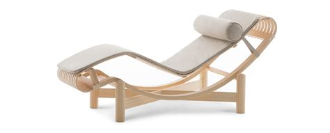 chaise a 522 chaise longue by perriand cassina