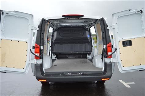 Part exchange welcome, hpi clear. Mercedes-Benz Vito LWB 2.2 CDi 114 BlueEFFICIENCY Van Road Test   Parkers