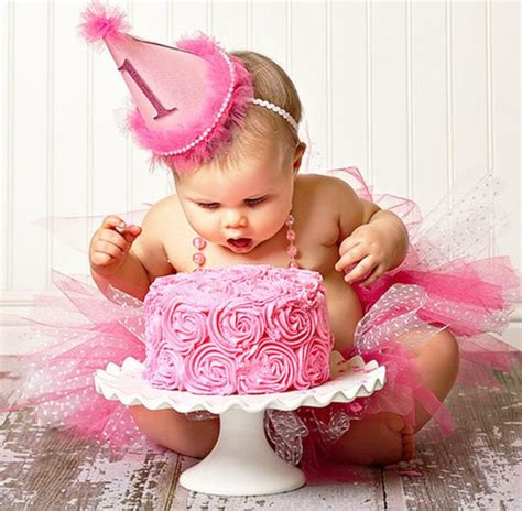 Rose Swirled Smash Cake Unique Birthday Cakes For