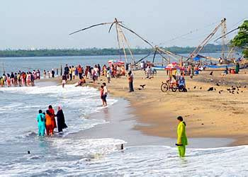 Ernakulam Varapuzha Boat Service by Om Tourism Honeymoon Family Corporate Pilgrimage