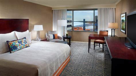 hotel suites  jacksonville fl omni jacksonville hotel