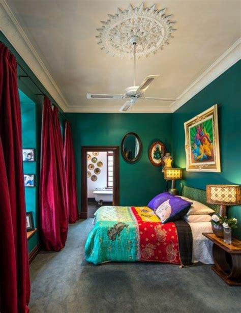 schlafzimmer ideen mit dachschräge barock 55 ideen f 252 r gr 252 ne wandgestaltung im schlafzimmer