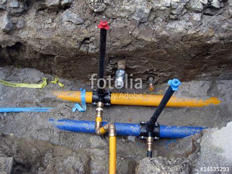 wasserleitung im garten verlegen quot wasserleitung und gasleitung wird verlegt quot stockfotos und lizenzfreie bilder auf fotolia
