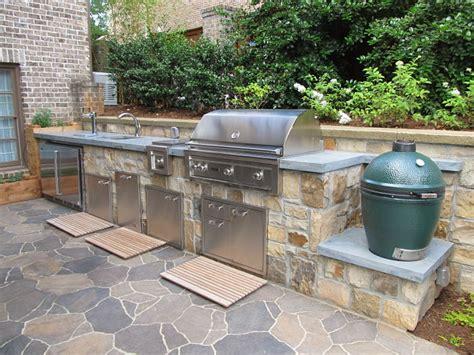 outdoor kitchen with green egg atlanta landscaping photos