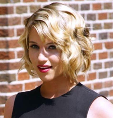 Dianna Agron Hairstyles: Short Waves   Pretty Designs