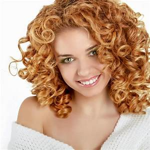 Frisuren Mit Locken : blonde kleine locken lange frisuren mit locken ~ Udekor.club Haus und Dekorationen