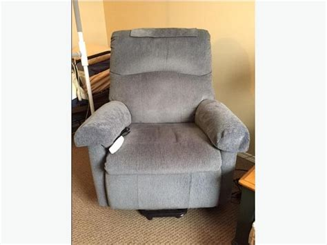 Pride Wall Hugger Lift Chair by Must Go Pride Lift Wall Hugger Recliner Chair Ll805