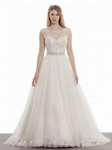 elegant wedding dresses runway trends modwedding With elegant wedding dresses