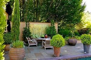 Sitzplatz Gestalten Garten : gestalten sie sch nen garten nur mit einigen einfachen tricks ~ Markanthonyermac.com Haus und Dekorationen