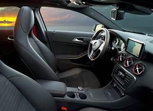 Mercedes Classe A 200 Amg : mercedes a180 nceleme ~ Melissatoandfro.com Idées de Décoration