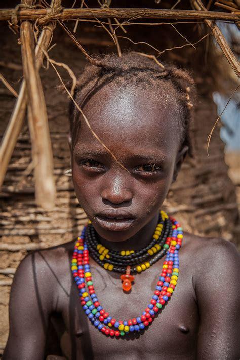 portrait   child   tribe dassanech  omo valle