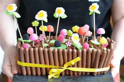 idee decoration gateau avec bonbons