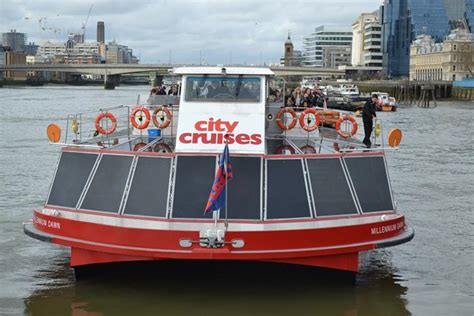 Boat Tour On Thames by River Thames Sightseeing Cruise With City Cruises Golden