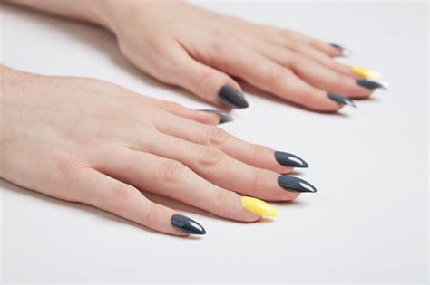 gelnaegel selber machen nagelmodellage erlernen mit