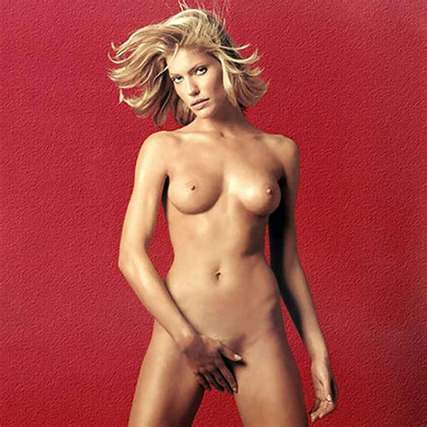 Nude Tricia Helfer Showed How Hot Can Lucifers Mom Be