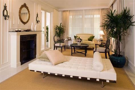 Let's see the amazing victorian interior design that will help you to decorate your dream house. Modern Victorian Decorating Ideas