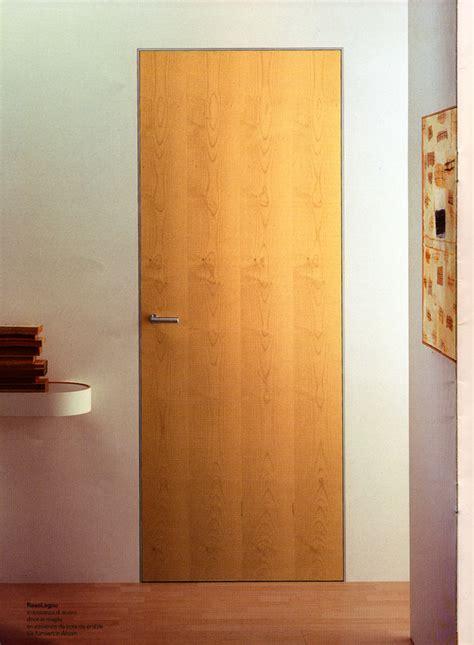 konsep  model pintu kamar triplek