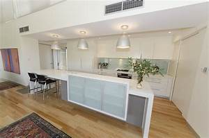 A, Minimalist, Kitchen, Design, That, Is, Perfect, For, Entertaining