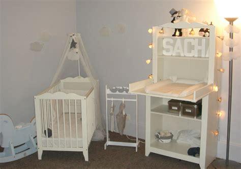 exemple chambre bébé décoration de chambre de bébé mixte frikadel co