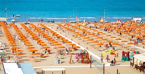 hotel rondinella riwiera adriatycka italy holidays