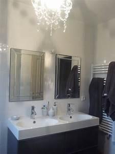 Miroir Salle De Bain Ikea : salle de bain avec meubles ikea photo 1 6 meuble ikea miroirs leroy merlin lustre maison ~ Teatrodelosmanantiales.com Idées de Décoration