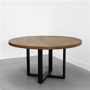 American-retro-to-do-the-old-wrought-iron-cafe-tables-and