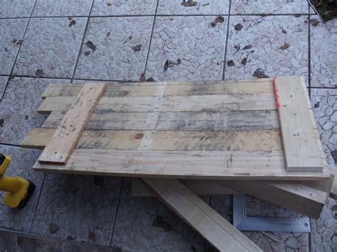 fabriquer un bureau en palette petit bureau en bois de palette david mercereau