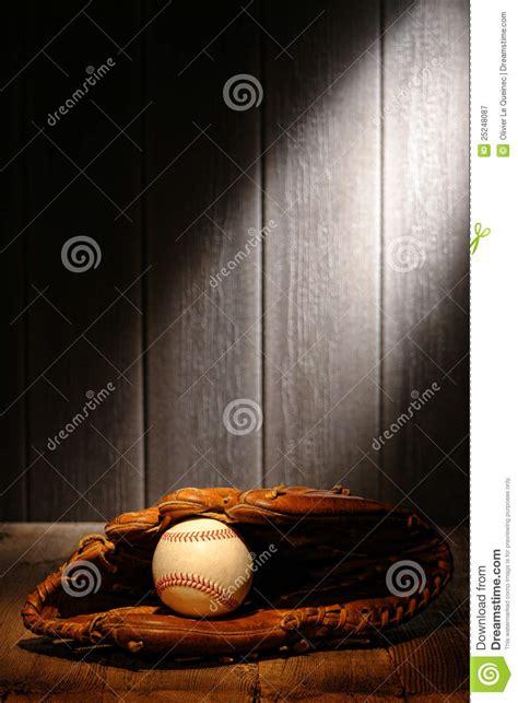 vintage ball   baseball leather catcher glove royalty