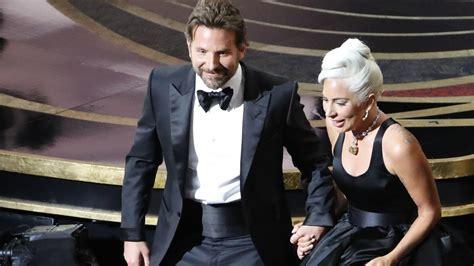 Bradley Cooper Und Lady Gaga Bei Diesem Oscarauftritt Brennt Die Luft