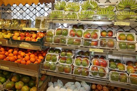 quartier chinois à epicerie chinoise tang frères epicerie asiatique tang frères 2 rayon fruits exotiques
