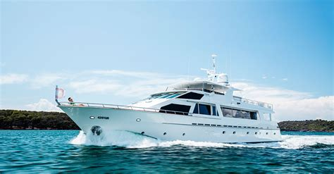 Yacht Hire Gold Coast by Yacht Charters Boat Hire Gold Coast Exclusive