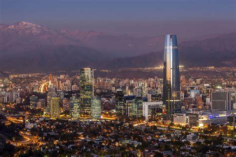 Santiago de Chile y sus alrededores | Mujer