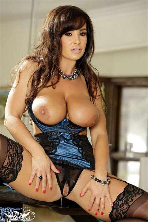 Busty Milf Lisa Ann Dresses In Her Sexy Lingerie And