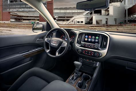 gmc canyon review autotrader