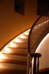 Lampen Flur Treppenhaus : deckenbeleuchtung treppenhaus ~ Sanjose-hotels-ca.com Haus und Dekorationen