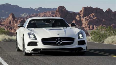 Sls Amg Black Series -- Gullwing Sports Car -- Mercedes