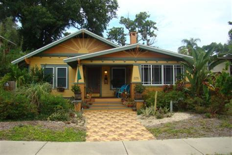 8 Great Neighborhoods In Tampa Bay