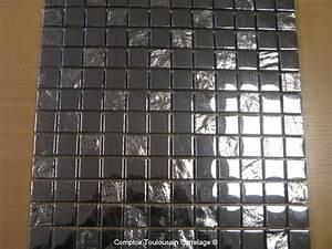 carrelage salle de bain mosaique et frise carrelage With salle de bain design avec plaque métallique décorative