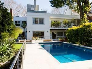 comparer maison de star avec piscine With maison design avec piscine