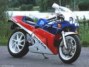 Honda Rc 30 : go faster honda built for speed ~ Melissatoandfro.com Idées de Décoration
