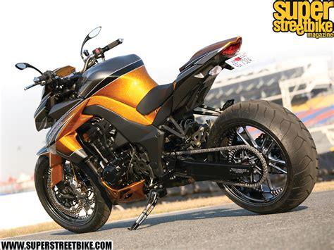 Motor Kawasaki by Kawasaki Motor Bikes 2011 Kawasaki Z1000