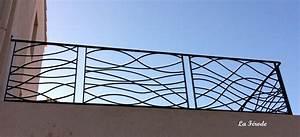 Garde corps en fer forgé modèle vague pour terrasse ou balcon ou palier La Ferode