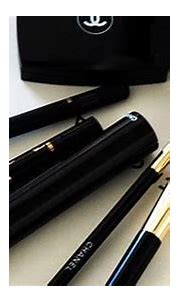 #black #gold #makeup | Chanel brushes, Fancy cosmetics ...