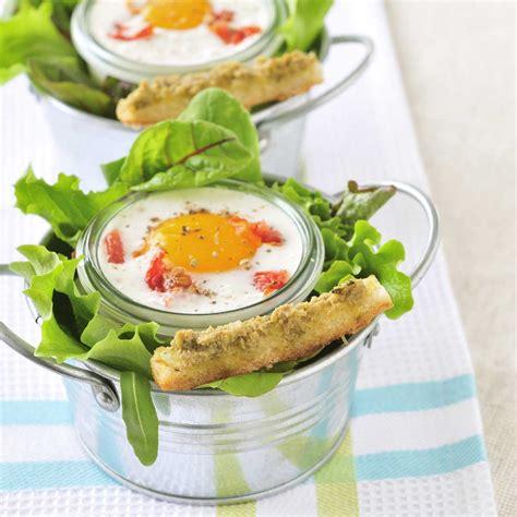 cuisiner tomates vertes œufs cocotte aux tomates confites et caviar d 39 olives