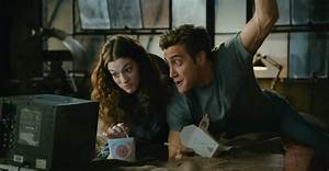 Love and Other Drugs: Traditional Rom-Com | Precious ...