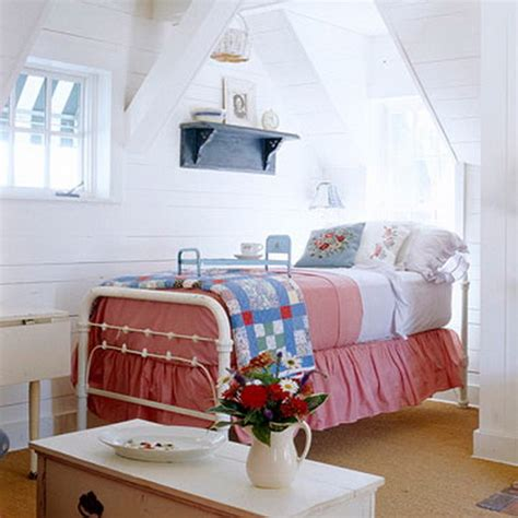 cute red white blue attic bedroom pictures