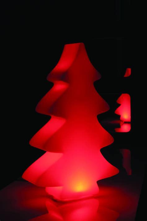 Lumenio Led Baum by Lumenio Der Quot Leuchtende Quot Baum Vom Wohldesigner Linea