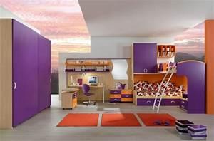 Neon Deco Chambre : d co chambre enfant une chambre moderne en violet ~ Teatrodelosmanantiales.com Idées de Décoration