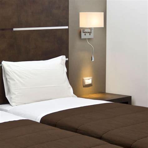 le de chevet avec telecommande 1000 id 233 es sur le th 232 me applique liseuse sur tete de lit blanche unit 233 s et lit blanc